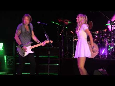 """Keith Urban and Lindsay Bruce Sing """"We Were Us"""" at Sleep Train Amphitheater in Sacramento, CA"""