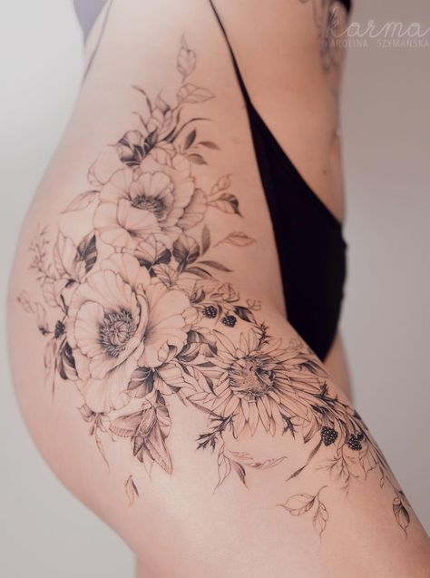 50+ Chic & Sexy Hip Tattoos for Women
