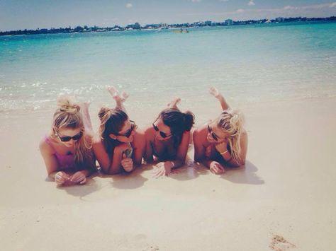 best friends at the beach ☀️