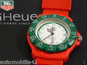 Retro TAG Heuer Formula one F1 Midsize Red + Green with a white dial 384.513/1