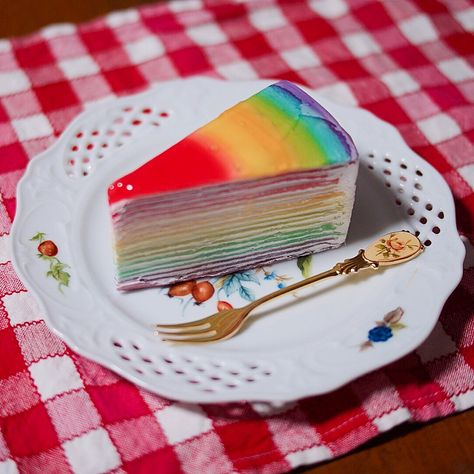 Rainbow Crape Cake at Home Crape cake, Crepe cake, Food