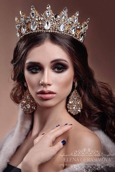 Weddinq Crown gold Crystal Crown rhinestones Tiara Bridal Headpiece Headband for weddings Hair Accessory Queen Modern crown