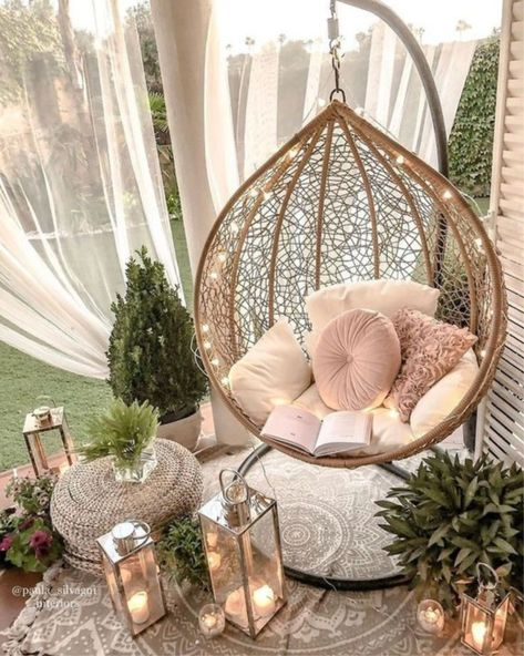 Hanging Egg Chair, Hanging Chair From Ceiling, Swinging Chair, Indoor Hanging Chairs, Chair Swing, Hammock Chair, Small Balcony Decor, Diy Porch, Beauty Room