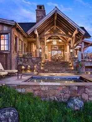Modern Rustic Mountain Home With Spectacular Views In Big Sky Country Rustic House Cabins And Cottages House