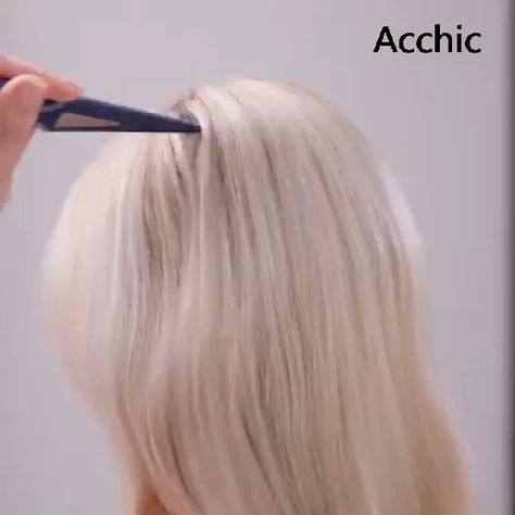 ON SALE & HOT SALE! Buy 2 Get 5% OFF (Code: AC5) Buy 3 Get 6% OFF (Code: AC6) Designed by top hair professionals and celebrated in salons and on catwalks everywhere, New Style Comb is taking the business of backcombed volume and style into the future of hairstyling for everyone. Now you can get that perfect, long-lasting volume and height, without the birds-nest mess and collapsing hair that traditional home-backcombing used to mean, all in one perfect pro backcombing tool.