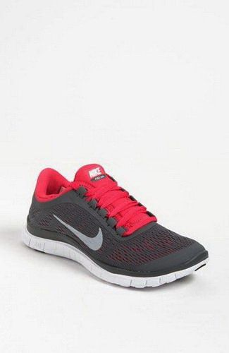 I'm gonna love this sports shoes site!How cute are these runs shoes?them!wow,it is so cool.free runs shoes,only $21