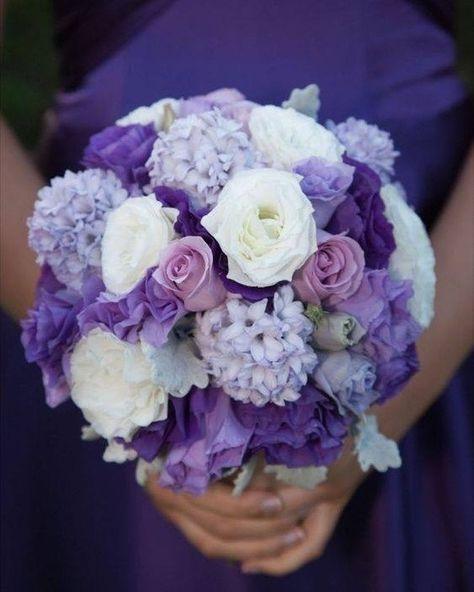 """Wedding Rule on Instagram: """"Tag a Lavender lover. #purple #weddingtheme #weddingrule #themewedding #themedwedding #weddingplanner #weddingforward #receptiondecor…"""""""