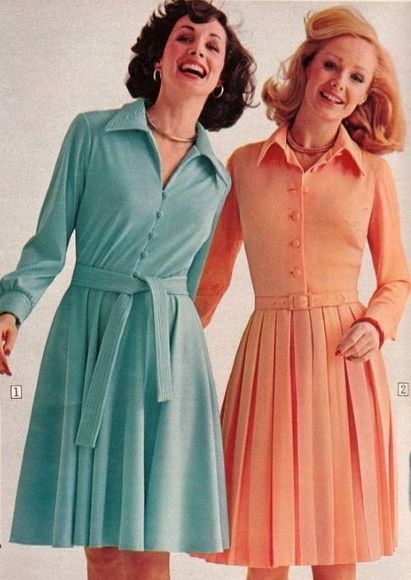 1970s dress light blue white  70s dress  vinatge dress with belt  dress waisted  summer dress dotted