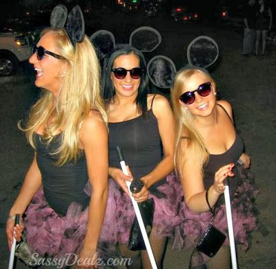DIY 3 Blind Mice Group Halloween Costume Idea For Women | SassyDealz.com Just for Ms. Heather #hwalling