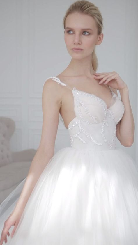 Be gorgeous wear Blammo~Biamo wedding dresses