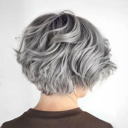 25 Kurze Haarschnitte Fur Dickes Welliges Haar In 2020 Kurzhaarfrisuren Haarschnitt Haarschnitt Kurz