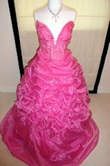 Dress-Me-Up - #cross-dressing Ball Gowns for #transvestites