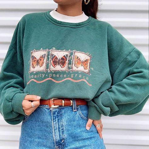 Beauty Peace Grace Butterfly Sweatshirt M