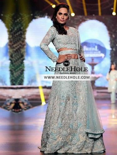Designer wedding lehenga choli dress for reception and valima. Your search for bridal lengha choli oufit for reception and walima may just about end here