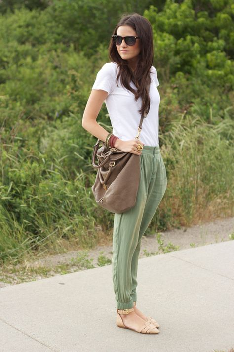 via molly kidd. love the harem pants & neutrals. & of course the bag