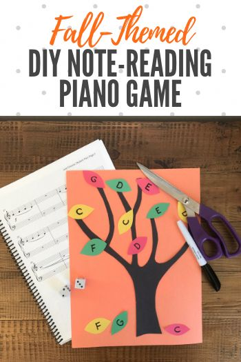 This off-bench DIY piano game is so easy to make... and is really effective as a note reading tool! Perfect for an autumn afternoon. #TeachPianoToday #PianoLessons #PianoGame #PianoActivity