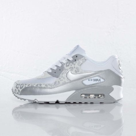 90305cd9 white Nike Air Max 90 women | Posted by Dame Starr Acosta at 9:00 AM