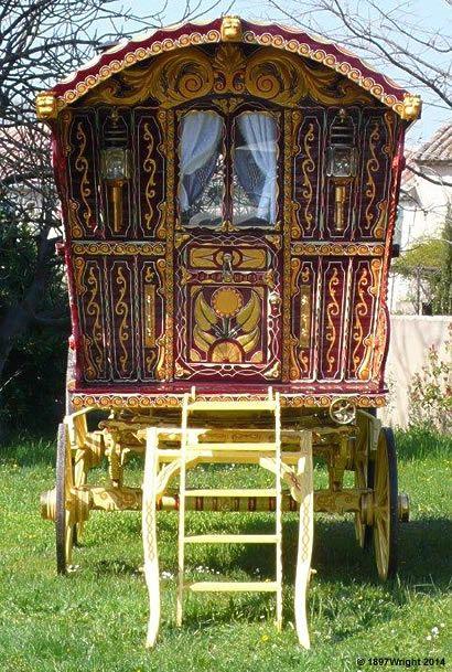Gypsy Caravan, Gypsy caravans, Gypsy Waggons and Vardos: Features and Articles Michael Lee