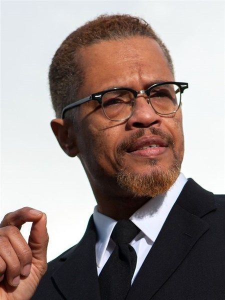 A Charlestonian Remembers Malcolm X The Charleston Chronicle Malcolm X Black History Facts Black Leaders