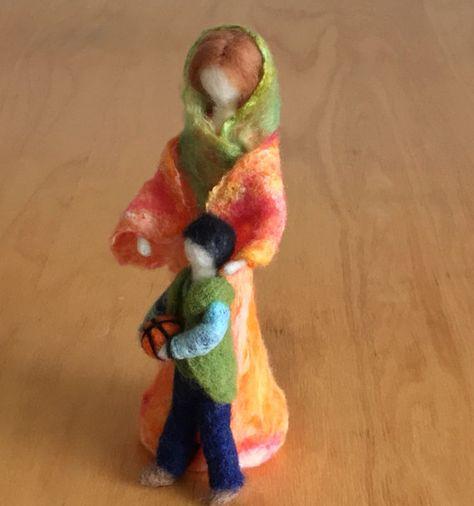 Aguja de fieltro madre con un hijo joven aguja fieltro muñecas