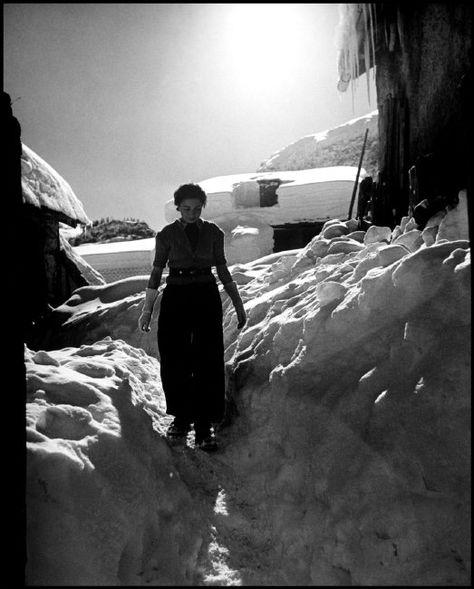 Philippe Halsman - ca 1935. Swiss Alps. Yvonne HALSMAN