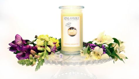 Banana Cream Pie Ring Candle  With our new Ring Candles you can now pick your own ring size =) A Perfect Fit Every Time!   This lovely new Ring Candle Banana Cream Pie candle is the lovely aroma of freshly made banana cream pie.  This fragrance begins with top notes of ripe banana, quince, and apple; middle notes of juicy pearberry, Anjou pear, clove buds, and plaintain leaves; base notes of vanilla extract, pie crust, and butter rum.