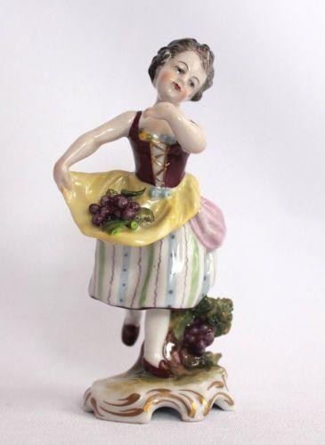 Porzellan Figur Winzerin Skulptur Deko Barock Älteste Volkstedt 11 cm gebraucht