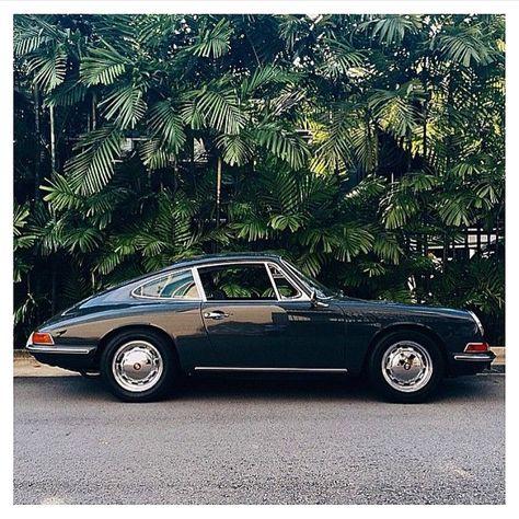 Porsche 911 F-model - Autos - Motos Porsche Classic, Classic Cars, Porsche 912, Auto Retro, Retro Cars, Vintage Cars, Porsche Vintage, My Dream Car, Supercars