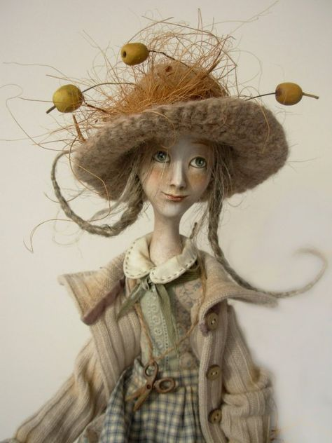anna zueva  I'm not a doll collector but I love this!!!