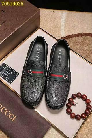 Gucci men shoes, Casual dress shoes