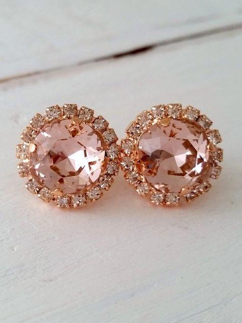 #weddings #jewelry #earrings #bridesmaidgift #bridalearrings #bridesmaidsearrings #swarovskiearrings #studearrings #blushearrings #blushpinkwedding #haloearrings #crystalearrings #blushpinkearrings #rosegoldearrings #rosegoldblush #rosegoldstuds