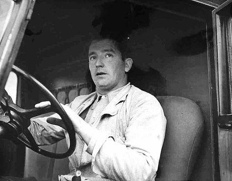 Robert Doisneau   //   Chauffeur de camion aux halles, c.1950.