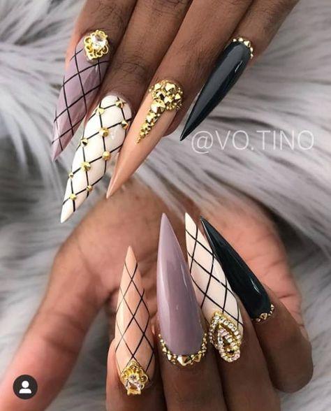 28 Beautiful Stiletto Nail Design Ideas