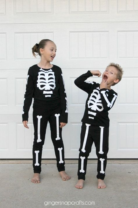 Skeleton Costume {tutorial}