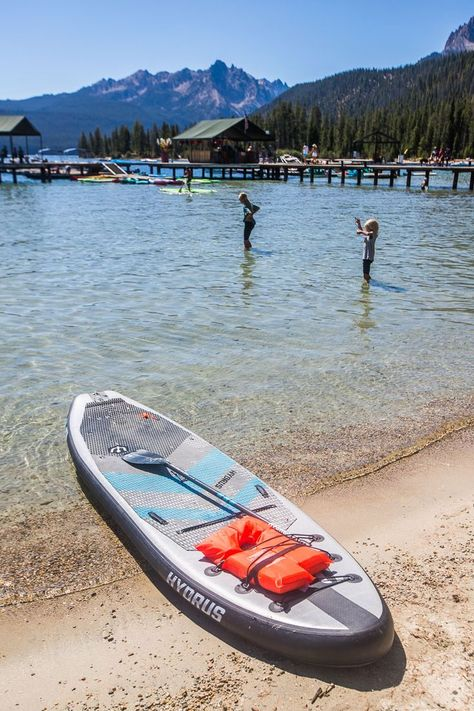 When you visit Idaho, don't miss these Here 20 cool things to do in Idaho on your Idaho vacation. Don't take an Idaho trip before reading this Idaho travel tips guide! #Idaho #traveltips #familytravel #Idahotravel #USAtravel #vacation #roadtrips