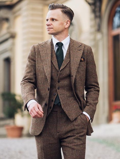 3 piece check suit in brown with black necktie