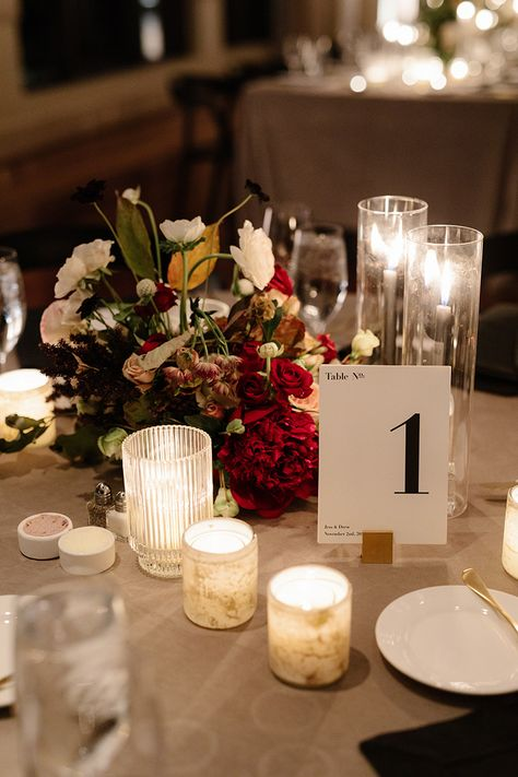 Minimalist table setting for a black and white-inspired fall wedding. #tablesetting #weddinginspiration #tabledecor #placesetting #onthetable #desserttable #dessertbuffet #lollybuffet #weddingideas #weddingtables #weddingcenterpeice #weddingtables