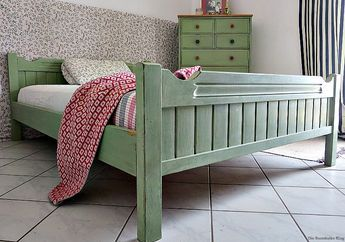 How To Makeover An Old Wooden Bed Frame Bed Makeover Wooden Bed
