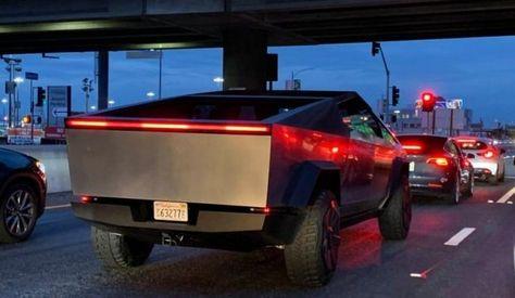 Elon Musk Drives Cybertruck Car Carfoni Cybertruck Vehicle Https Ift Tt 2p2otve Tesla Tesla Car Elon Musk