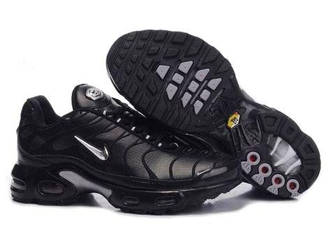 Nike Air Max TN Requin Pas Chere Chaussures De Homme Argent / Noir ...