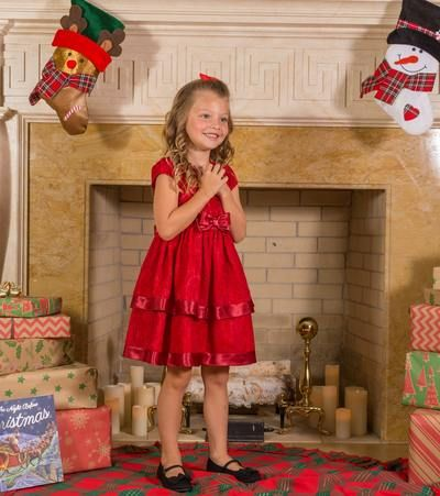 Christmas Outfits For Small Girls Thelatestfashiontrends Com Little Girl Christmas Dresses Girls Holiday Dresses Christmas Dress Outfit