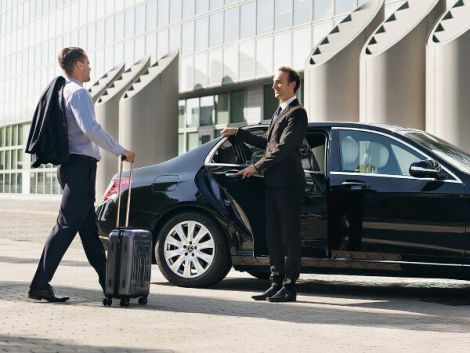 Consider How Long It Ll Take You To Get To And From The Airport Under Normal Conditions When Scheduling You Airport Car Service Airport Transfers Perth Airport
