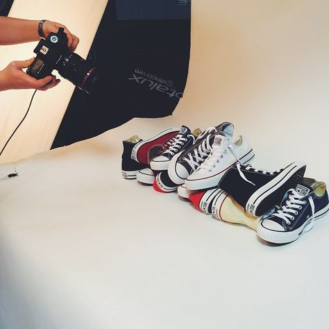 Focimy Dla Was I Szykujemy Cos Fajnego Converse Fun Foto Sneakers Allstar Chuck Colours Shoes Shoeshop Shoes Ballet Flats Miu Miu Ballet Flats Shoes