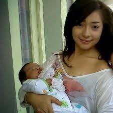 Arti Mimpi Gendong Bayi