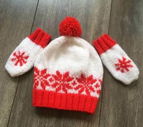 80d7cadc05d Hand Knitted Neutral Gender Christmas Pattern Baby Beanie Hat and Matching  Mitts - Hat and Mitts have a Snow Flake Design in red on a white background  and ...