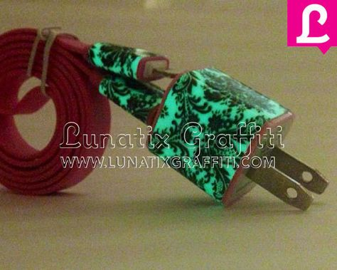 Damask Glow in the Dark iPhone 5 Charger 2 in 1 Glow in