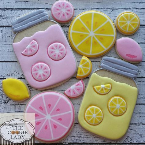 Monday, September 2017 (Day A Theme A Month Cookies September - Mason Jar Themed Cookies by 🎀… Summer Cookies, Fancy Cookies, Cut Out Cookies, Iced Cookies, Cute Cookies, Royal Icing Cookies, Cupcake Cookies, Sugar Cookie Icing, Cupcakes