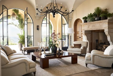 Ralph Lauren Style Home Design Best Of Ralph Lauren Living Room Designs Metal Feet Italian Style - Home Inspiration Living Room Designs, Living Room Decor, Salons Cosy, Plans Architecture, Spanish Style Homes, Spanish Revival, Mediterranean Home Decor, Mediterranean Architecture, California Style