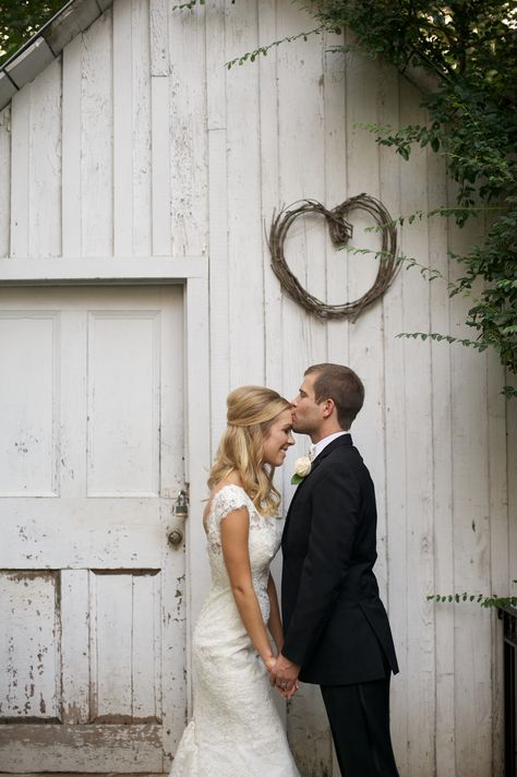A Romantic Fall Wedding At Primrose Cottage In Roswell Georgia