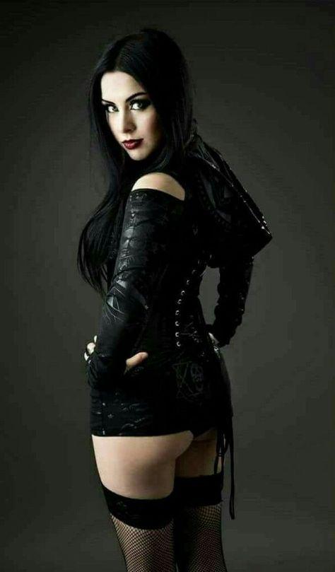 Elvira In Dungeon Vampire Girl Busty Photo Mistress Of The Dark Hot Legs Sexy